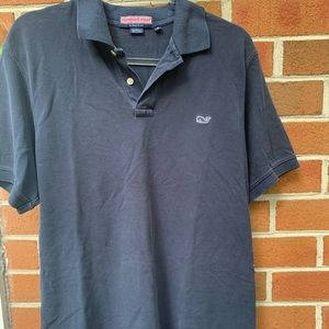 Men's navy blue vinyard vines shirt